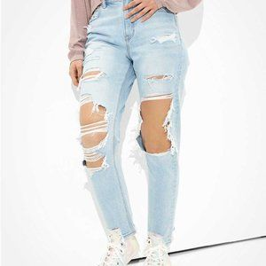 American Eagle Extremley Ripped Mom Jean
